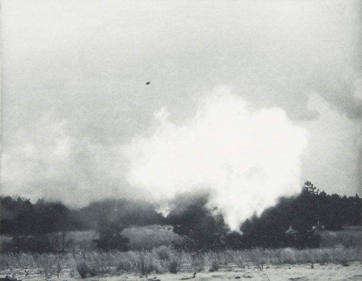 Mikhail Tolmachev, Line of Site (Nr. 3), 2015, Fotoradierung, 22 x 28,5 cm